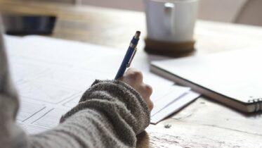 Cuatro ejemplos de trabajo sedentario y por qué es posible que no se apliquen a usted